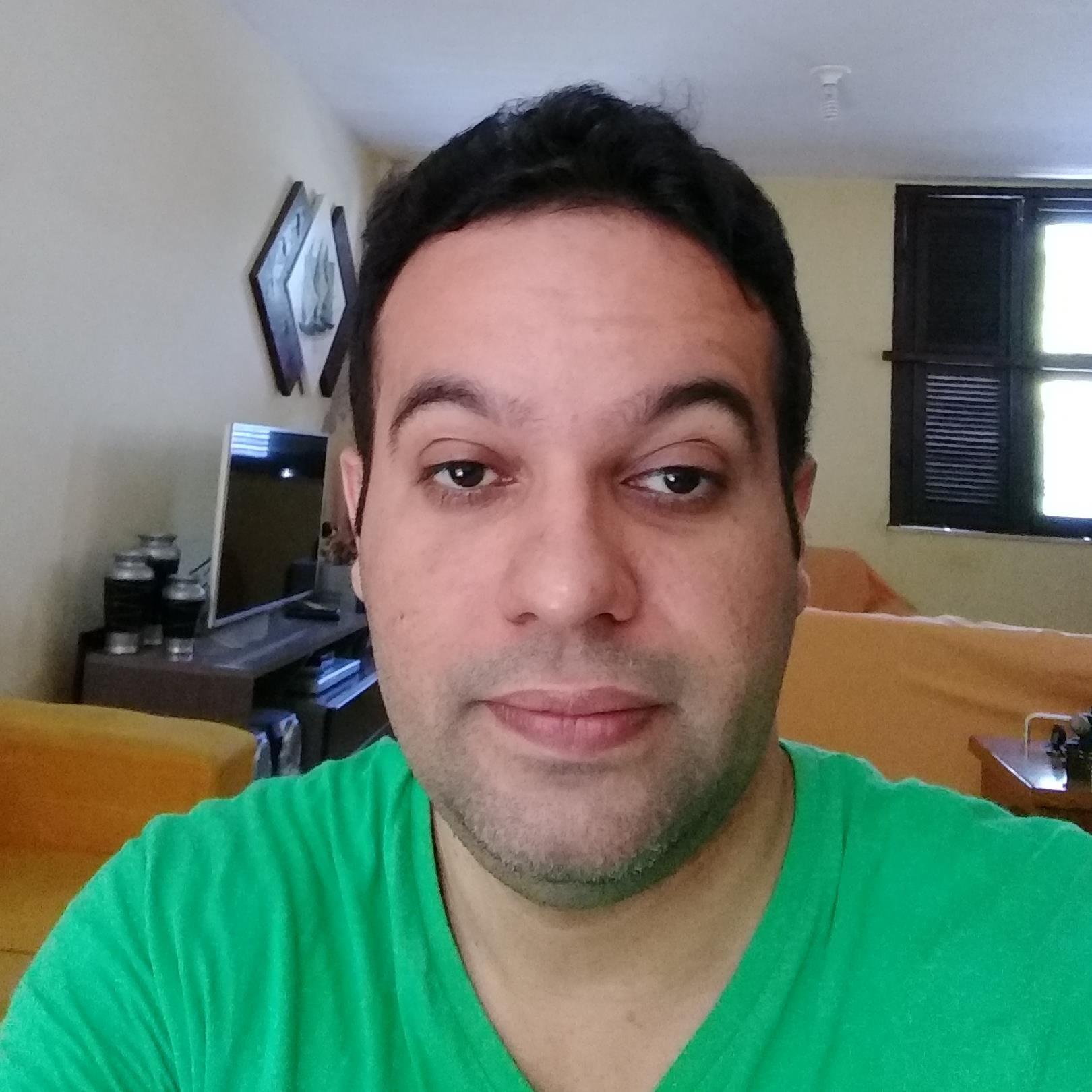 Luciano de Oliveira